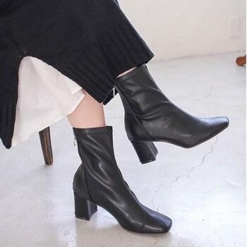 《20'秋冬新作》ブーツ スクエアトゥ ストレッチ ショートブーツ 6センチヒール KK1535